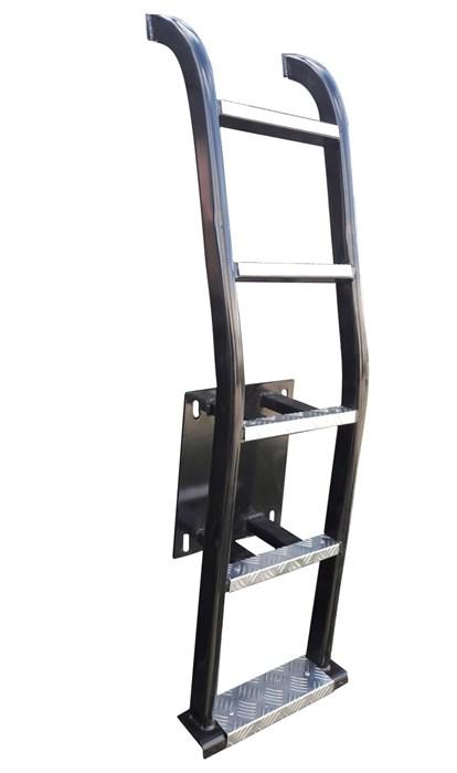 """Лестница """"Вместо запаски"""" на УАЗ Хантер - фото 24896"""