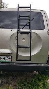 Лестница трубная вместо запаски УАЗ Патриот